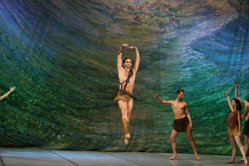 balet_SPARTAK_by_UBT_TRUSKAVEC_KRAWS-X_9950