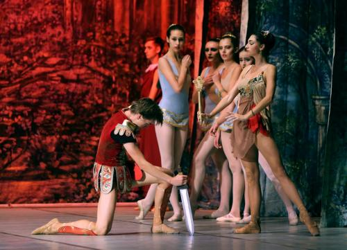 balet_SPARTAK_by_UBT_final_KRAWS-X_0208