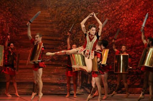 balet_SPARTAK_by_UBT_final_KRAWS-X_0252
